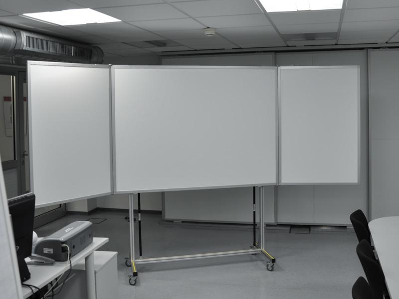 Fahrbare Klapptafel 3.400 x 1.200 mm