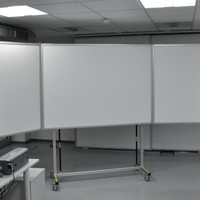 Bezirksregierung Münster - fahrbare Klapptafel 3.400 x 1.200 mm